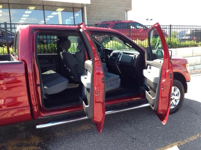 Ford F-150 - Truck Rental