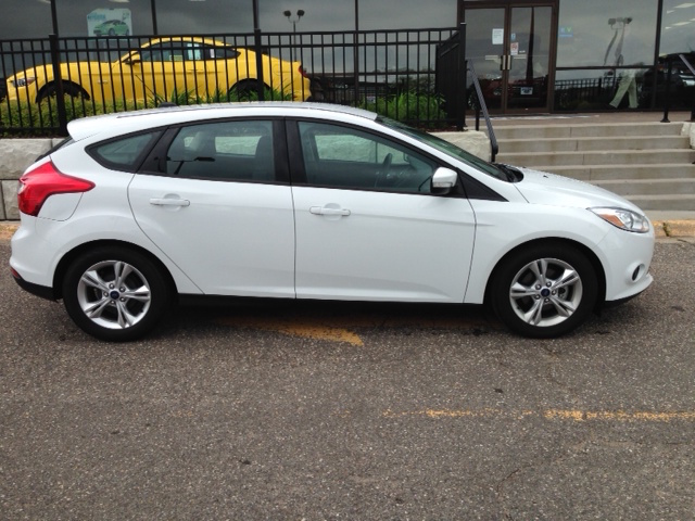 Ford Focus - Compact Car Rental