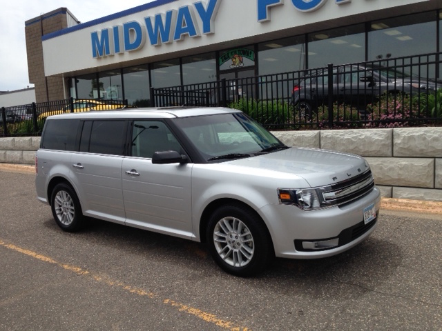 7 Passenger Vehicles >> Ford Flex 7 Passenger Suv Rental Midway Ford Roseville Mn