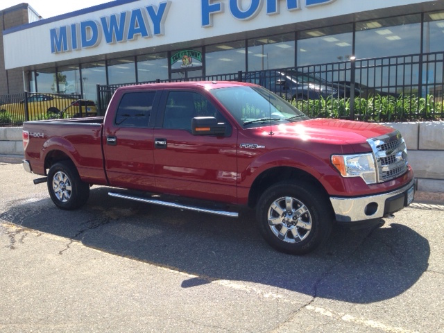 Ford f 150 pickup truck rental midway ford roseville mn for Ford f 150 exterior accessories